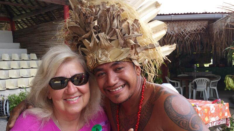 Singles retirees traveling to Bora Bora