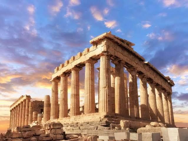 https://cdn2.hubspot.net/hubfs/5873592/itinerary/photos3/Athens1_Greece_Itinerary_Main.jpeg