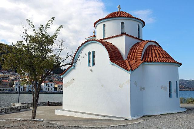 https://cdn2.hubspot.net/hubfs/5873592/itinerary/photos3/Gythio1_Greece_Itinerary_Main.jpg