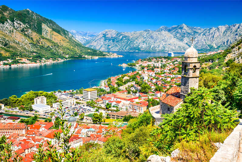 https://cdn2.hubspot.net/hubfs/5873592/itinerary/photos3/Kotor1_Montenegro_Itinerary_Main.jpg