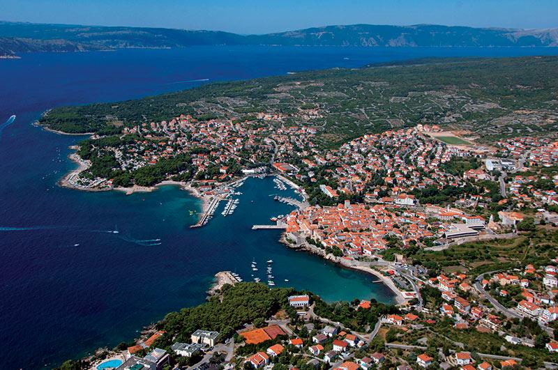 https://cdn2.hubspot.net/hubfs/5873592/itinerary/photos3/Krk1_Croatia_Itinerary_Main.jpg
