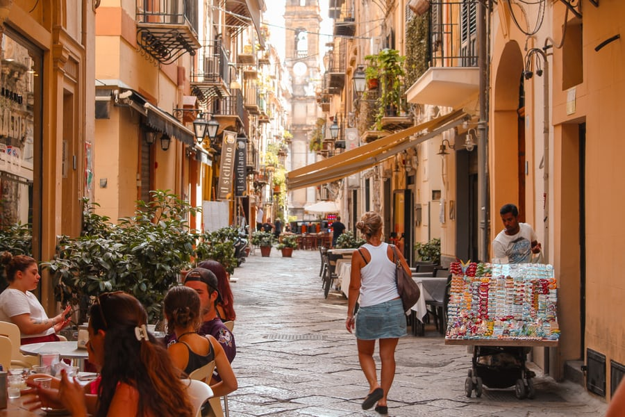 https://cdn2.hubspot.net/hubfs/5873592/itinerary/photos3/Palermo1_Italy_Itinerary_Main.jpg