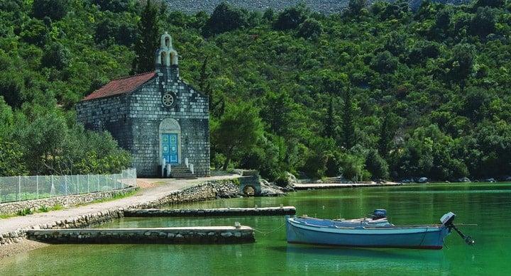 https://cdn2.hubspot.net/hubfs/5873592/itinerary/photos3/Slano1_Croatia_Itinerary_Main.jpg
