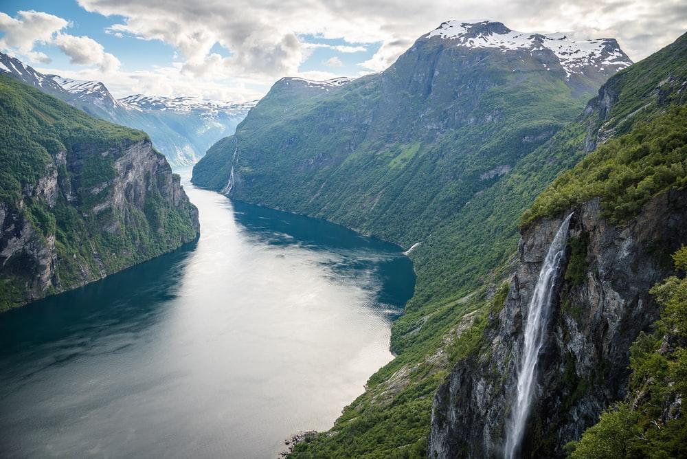 https://cdn2.hubspot.net/hubfs/5873592/itinerary_expedition/Norway1_Itinerary_Main.jpg